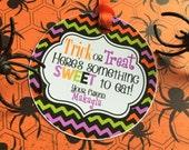 12 Halloween Treat Tags- Trick or Treat