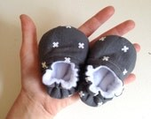 Baby Shoes, Gray & White Baby Shoes, THUNDER, Crib Shoes, Soft Sole Baby Shoes, Baby Girl Shoes, Baby Boy Shoes, Toddler Shoes