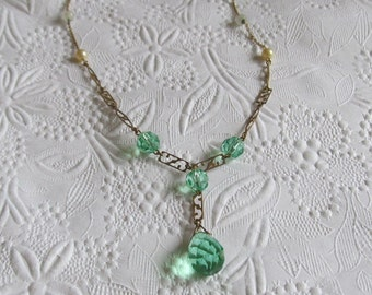 Vintage Art Deco Necklace - Faceted Green Crystal ~ Ornate Chain - Faux Pearls