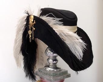 Black leather Steampunk skull & crosshones Cavalier musketeer hat