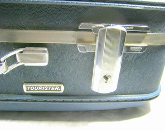 Vintage AMERiCAN TOURISTER SUITCASE Blue Quilted Rose Interior KEY Hardside Perfect for Craft Shows