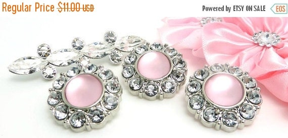 ON SALE 10 Rhinestone Pearl Buttons Frosted Plastic Acrylic Light Pink Buttons W/ Clear Surrounding Rhinestone-25mm 2997-80Fp