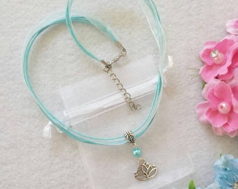 10 Lotus Flower - Yoga Necklaces Party Favors.