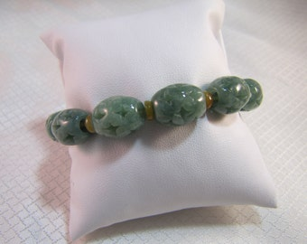 Carved Green Jade/Jadite Beaded Bracelet