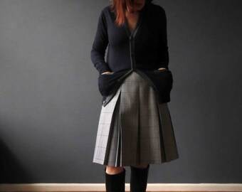 60s 70s Wool Mix Pleated Skirt Houndstooth Check Grey Blue Fletcher Jones Petite Small