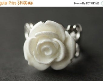BACK to SCHOOL SALE White Rose Ring. White Flower Ring. White Ring. Filigree Ring. Silver Ring. Adjustable Ring. Flower Jewelry. Handmade Je