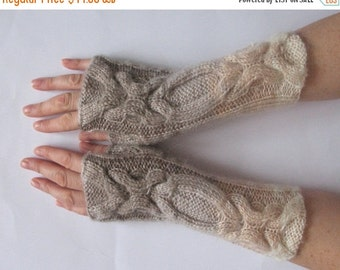 Fingerless Gloves White Brown Beige wrist warmers