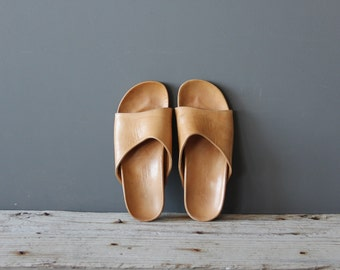 All Leather Slip on Sandal.  Size 7.  Made in Italy