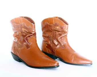 Caramel Brown Low Cowboy Western Ankle Boots Size 9