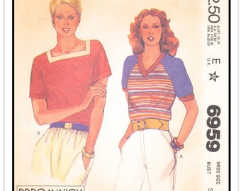 """McCALL'S Pattern 6959 - Misses' """"DDDO Minick"""" Pullover T-Shirt Tops w/V- or Square Neck, Colorblock Options - Sz Small (8-10 B32/34) - 1980s"""