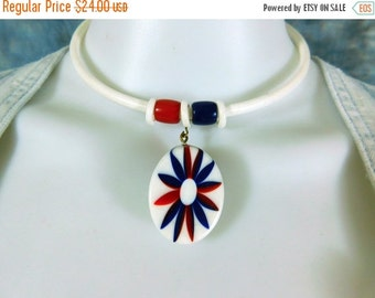 Vintage 70s acrylic choker, red white and blue flower