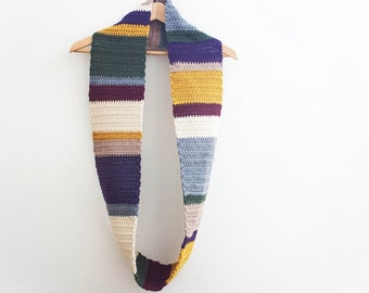 MADE TO ORDER: Crochet Infinity Scarf Doctor Who Scarf Fourth Doctor Scarf Tom Baker Striped Scarf Cowl Whovian Geek Nerd