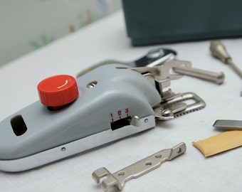 Vanguard Buttonholer Sewing Machine Attachment