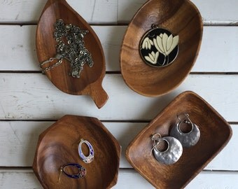 Vintage Wood Trinket Dishes / Shaped Wooden Trays