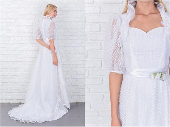 Vintage 80s wedding dress victorian puff sleeve dot lace for Puff sleeve wedding dress