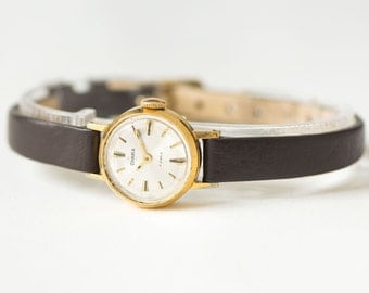 Very small women's wristwatch Seagull, gold plated women's watch, classical women's watch, minimalist girl's watch, new luxury leather strap