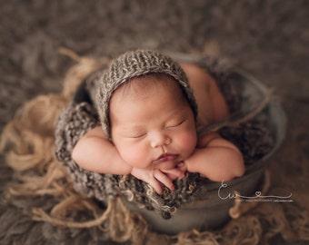 Newborn bonnet - 'DUSK' bonnet - rounded bonnet - knit baby hat - photo prop - knitbysarah - Stitches by Sarah