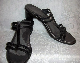 Vintage Ladies Black Leather Sandals Slides by NAOT Made in Israel Size 41 Only 8 USD