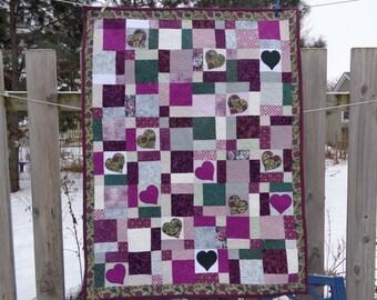 Plum Hearts Quilt, Lap quilt, Patchwork quilt 0111-01