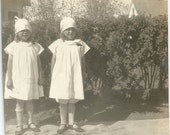 Twins - Vintage Photo - Twin Girls - Sisters - Hats - Old Photo - Original - Antique - Snapshot - Collectibles