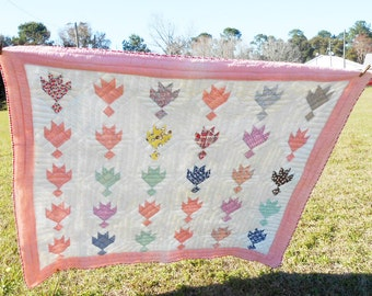 Clearance,Quilts,Bear Tracks,Vintage Feedsack Quilt ,Hand Quilted, Cotton Seed Quilt