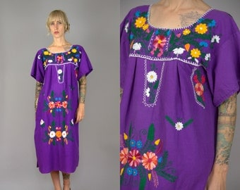 Vintage Mexican Embroidered Floral Purple Cotton Oaxacan Babydoll Dolly Dress