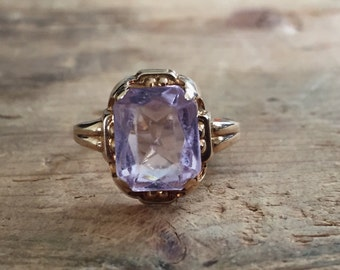 Art Deco 10kt glass ring