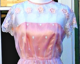 Vintage 1970s 1950s Style Peach Party Prom Wedding Dress Embroidered Boho XS Extra Small Small