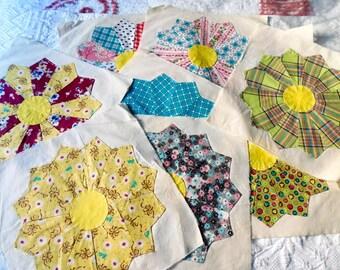 Vintage Quilt Blocks - Two (2) Feedsack Appliqué  Flower Pattern Squares, Crafting Supplies, Quilt Blocks, Primitive Handsewn Pieced Squares