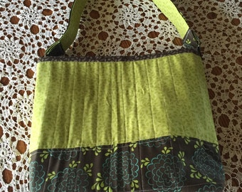 Womens tote/purse