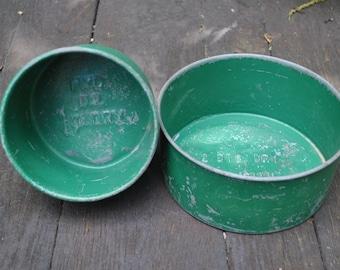 Vintage Galvanized Metal Dry Measures - Metal Painted Green Pair of Dry Measures - 1 Quart 2 Quart Measure - Farmhouse Kitchen