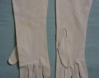 The WHITE GLOVE TREATMENT,  Hand stitched and hand embroidered White Cotton gloves for a bride or bridesmaid which adds Style and Grace