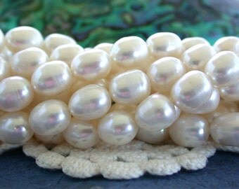 Fresh Water Pearls, Winter White Fresh Water Pearls, Heirloom White Pearls, Rice Shape Fresh Water Pearls FWP-090