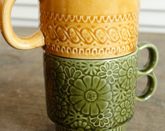 Curated Set of 6 Retro Ceramic Stacking Coffee Tea Mugs Green Gold Brown