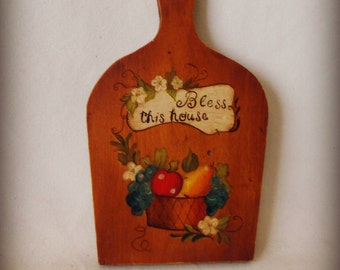 Vintage Primitive Bread Board / Cutting Board