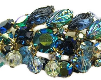 """Weiss Brooch Signed Green Blue Givre Rhinestones & Crystal Beads Gold Metal 3"""" Vintage"""