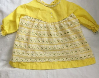 Vintage yellow seing top with embroidered lace 18-24 months