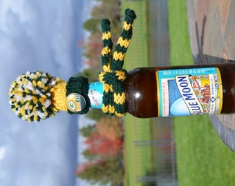 Green Bay Packers Colors NFL Football Hat Knit Wine Bottle Cozy Topper With Cheese Head Button Knitted Scarf Green Yellow Gold scarf
