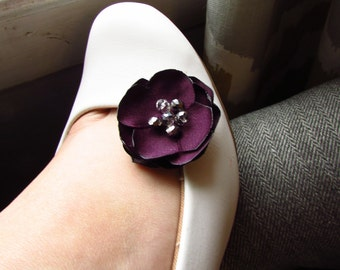 Purple Eggplant Wedding Shoe Clips, Plum Bridesmaid Shoe Accessories, Silk Floral Bridal Shoe Decoration, Fabric Flower Shoe Accessory,