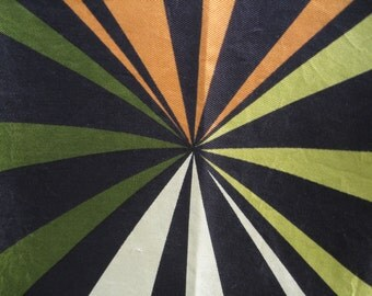 Trippy Echo Vintage Mod Silk Psychedelic Vanishing Point Scarf In Good Condition 30 X 31 Inches Square Rolled Hem Black Green Orange Cream