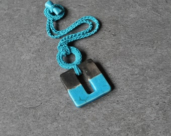 Modern ceramic necklace, turquoise pendant, geometric necklace, modern necklace, minimal necklace, ceramic jewelry, modern jewelry