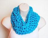 the chunky parakeet crochet infinity scarf