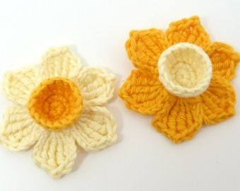 Crochet appliques , crochet daffodils, 2 applique daffodils, cardmaking, scrapbooking, appliques, craft embellishments, sewing accessories.
