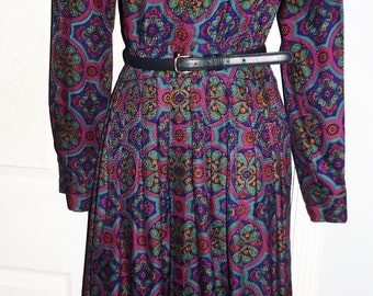 Vintage 80s 70s colorful 100% silk    long sleeve  dress     size    M  S 8