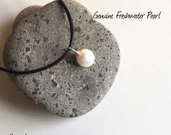Leather Pearl Choker, Pearl Leather Necklace, Genuine Freshwater pearl, June Birthday, Black Leather Pearl necklace, Sterling silver clasp