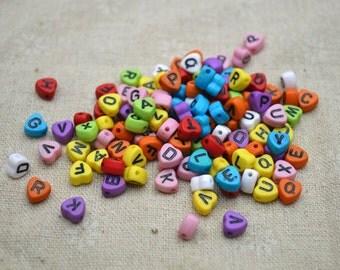 200pcs 4x7mm Multi-colored alphabet letter acrylic beads heart shape bead supply YKL092