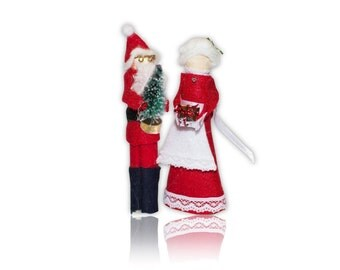 Santa and Mrs. Claus Clothespin Doll Ornament Kit