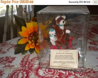 SUMMER SALE Vintage Miniature Collectable Hand made Limited Edition Bears, World of Miniature Bears,Collectable