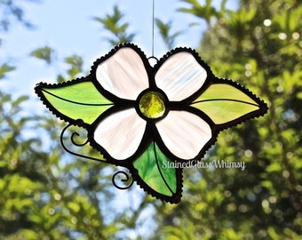 Stained Glass DOGWOOD Flower, White Dogwood Bloom, Yellow Glass Nugget center, USA Handmade Original, White Flower, Spring Flower