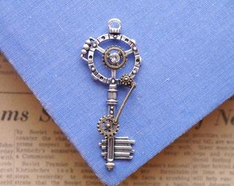 1  Large Gear Mixed Metal Rhinestone Steampunk Clock Skeleton Key Pendant Charms Alice in Wonderland 68mm (BC2765)